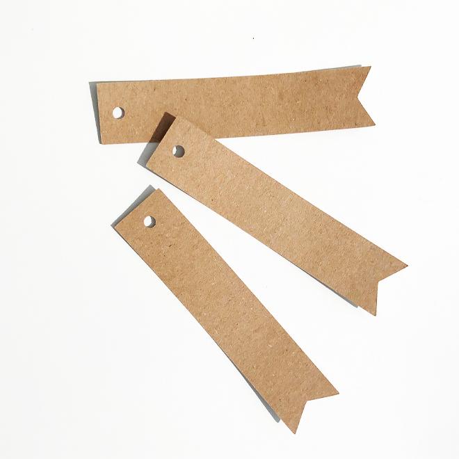 Étiquette papier kraft fanion