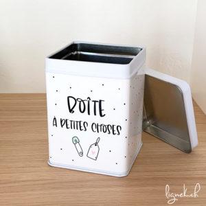 Boîte métallique des petites choses